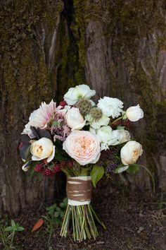 Stunning wedding bouquet with the David Austin Wedding Rose Juliet