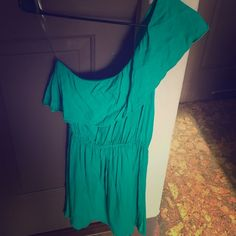 Green dress! One shoulder dress! In great condition! Katwalk Dresses One Shoulder