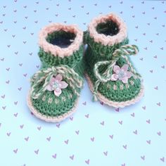 Knitted Baby Booties at nadiasbtq.com