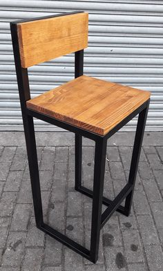 Modelo Industrial, fabricada em nossa serralheria / marcenaria ;) Ideas Para, Bar Stools, Furniture, Home Decor, Industrial Decor, Woodworking, Wood, Model, Home