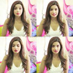 Instagram photo by @aliaaabhatt via ink361.com Bollywood Actors, Bollywood Fashion, Aalia Bhatt, Alia And Varun, Love You All, Celebs, Celebrities, Dimples, Woman Crush