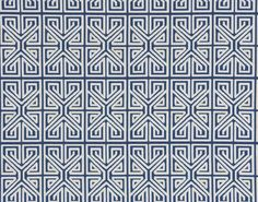 This geometrical jacquard evokes the structure of Miao embroideries.