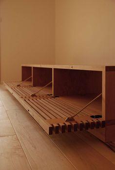 045   飯沼克起家具製作所   岐阜県岐阜市のオーダー家具工房 Woodworking At Home, Diy Furniture, Furniture Design, Fireplace Tv Wall, Desk In Living Room, Tv Wall Design, Shoe Cabinet, Tv Cabinets, Wood Projects