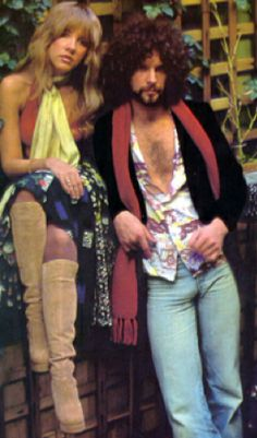 Stevie Nicks & Lindsey Buckingham...what a great match...love them back in tha day!