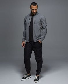 49 Modern Men's Active wear Outfits As The Summer Collections - VIs-Wed Lululemon Men, Lululemon Jacket, Stylish Mens Outfits, Stylish Menswear, Athleisure Outfits, Mens Activewear, Mens Fall, Living At Home, Active Wear