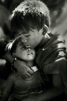 Quisera eu, poder abraça-los...