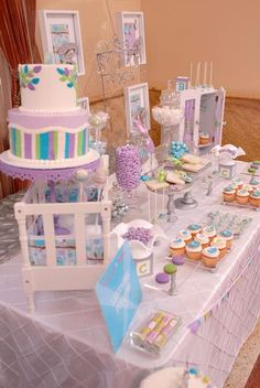 hostess with the mostess big city moms posh nursery theme table design green baby showersowl