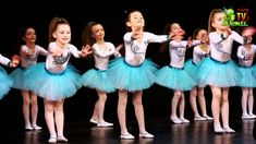 CReatiV Dance Studio - Mon petit panda Dance Baile, Movement Songs, Baby Ballet, Wonderland Costumes, Tiny Dancer, Ballet Costumes, Modern Dance, Dance Studio, Blusher