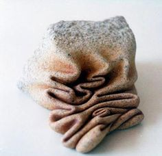 Sculptor José Manuel Castro López of A Coruña, Spain is redefining the way we think of stone by reconfiguring their form to resemble that of soft clay. Organic Sculpture, Rock Sculpture, Stone Sculptures, Crystal Garden, Spanish Artists, Back To Nature, Stone Carving, Stone Art, Oeuvre D'art