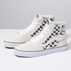 The Checker Flame combines the legendary lace-up high top with canvas and suede uppers featuring a checkerboard flame print, re-enforced toecaps to withstand repeated wear, padded collars for support and flexibility, and signature rubber waffle outsoles. Top Shoes, Me Too Shoes, Shoes Sandals, Vans Sneakers, Converse Shoes, Vans Damier, Vans Shoes Fashion, Vans Suede, Vans Checkered