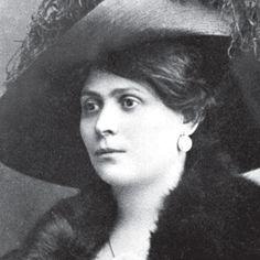 Luisa Spagnoli  Ha fondato la Perugina, ha inventato il filato d'angora e la sua azienda di abbigliamento ancora è un punto di riferimento per lo stile della donna italiana...