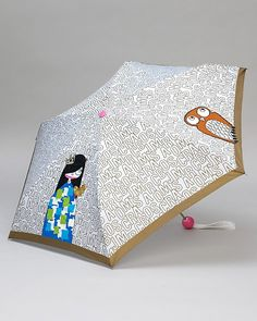 If I had this umbrella I would pray for rain every single day! Too bad I do not have an extra hundred dollars in my 2012 umbrella budget.