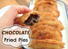 Chocolate Fried Pies from SouthernPlate--My mom used to make these when I was a little girl for breakfast. Fried Pies from SouthernPlate--My mom used to make these when I was a little girl for breakfast. Chocolate Fried Pies, Chocolate Recipes, Chocolate Lovers, Chocolate Tarts, Chocolate Filling, Köstliche Desserts, Delicious Desserts, Yummy Food, Gastronomia