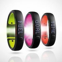 Nike+ Fuelband SE - Nike's new, Generation Activity Tracker & Fitness Monitor Nike Fuel Band, Fitness Monitor, Make It Easy, Nike Ad, Cool Tech Gifts, Christmas Gifts For Men, Christmas Christmas, Wearable Device, Digital Marketing Strategy