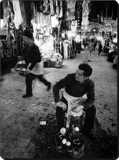 #Kapalıçarşı, 1960 (Ara Güler) #istanbul #istanlook