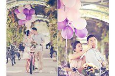 Engagement Photo   Austin, Texas   Balloons  Bicycle  Kiss   Photo by Prima Luce Studio