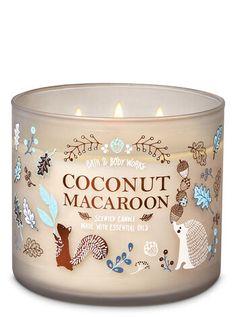 Bath & Body Works Coconut Macaroon Candle - Fresh Scented Candles - Ideas of Fresh Scented Candles Bath Candles, Mini Candles, 3 Wick Candles, Candle Set, Scented Candles, Homemade Candles, Perfumed Candles, Candle Jars, Bath Body Works