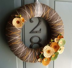 Felt Flower Wreath / Floral Wreath / Yarn / Farmhouse / Modern / Handmade / Decoration : Fall In Line : Yarn Wreath Felt Handmade Door Decoration – Fall In Line Fall Yarn Wreaths, Felt Flower Wreaths, Felt Wreath, Diy Fall Wreath, Wreath Crafts, Felt Flowers, Wreath Ideas, Fabric Flowers, Stick Wreath