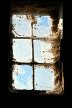 grunging up window idea for Halloween