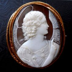 XX Fine Antique Shell Cameo Brooch of Annunciation Angel 15k Huge As Is