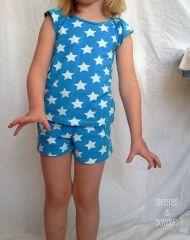 Free pattern: Sandbridge top and shorts set for girls · Sewing | CraftGossip.com