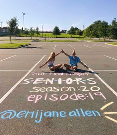 – Senior Shirts – Ideas of Senior Shirts -… senior year! – Senior Shirts – Ideas of Senior Shirts – senior year! Senior Photos, Senior Year Pictures, Senior Portraits, Senior Year Quotes, Friend Senior Pictures, Unique Senior Pictures, Grad Pics, Graduation Pictures, High School Graduation Picture Ideas