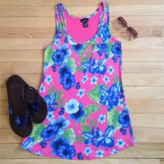 SALE Rue 21 Pink & Blue Hawaiian Print Top - S  Rue 21 Pink & Blue Hawaiian Print Top - Small. A looser fit. Could possibly fit a medium too if you like a tighter fit. Small breast pocket. Print on front only, back is solid pink. Excellent condition! Rue 21 Tops