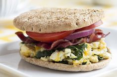 Bacon-Egg-Spinach-Breakfast-Sandwich_RESIZED6