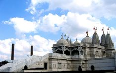 Because of the Shri Swaminarayan Temple in Neasden. | 57 Reasons Living In London Ruins You For Life