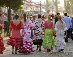 Les sévillanes et ses robes de flamenco - Séville