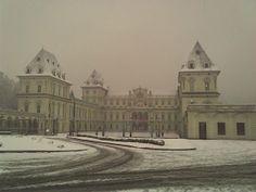Castello del Valentino con la neve