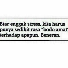 ihh beneran :) Best Quotes, Love Quotes, Funny Quotes, Funny Memes, Quotes Lucu, Cinta Quotes, Silly Words, Wise Words, Introvert Quotes