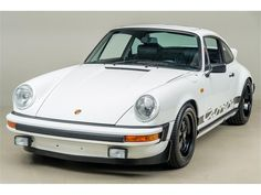 Large Photo of Porsche 911 located in Scotts Valley California Auction Vehicle Offered by Canepa - ODNR Scotts Valley California, Windshield Washer Pump, Outlet Sport, Porsche 911 For Sale, Custom Valances, Porsche Models, Large Photos, The Struts, Colorful Interiors