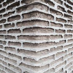Marfa adobe brickwork texas photo by Vincent van Duysen