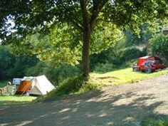 la Libaudié, rustige mini camping in zuid frankrijk (Gorges du Tarn) Camping France, Florida Keys Camping, Minnesota Camping, Camping In Maine, Camping Glamping, Luxury Camping, Camping Hacks, Camping Stove, Camping Gear