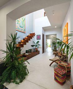 Casa Picasso by Workshop Arquitectos - InteriorZine