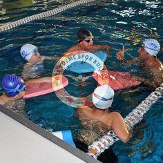 İstanbul Anadolu Yakası Üsküdar, Ataşehir, Kartal ve Yakacık çocuk yüzme kursu.