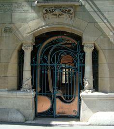 Entrée Castel Béranger - Guinard - France