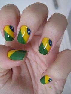 Pollyanna Vic: Unhas brasileiras #lellowBrazil