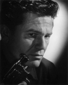 John Garfield in a 1946 portrait by Laszlo Willinger, a publicity photo for Nobody Lives Forever