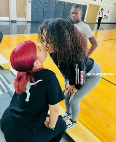 Cute Lesbian Couples, Lesbian Love, Cute Couples Goals, Couple Goals, Couple Relationship, Cute Relationship Goals, Relationships, Dyke Girls, Girlfriend Goals