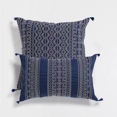 EMBROIDERED RAMIE CUSHION COVER