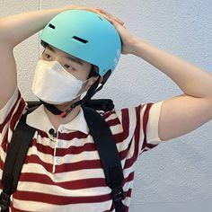 Bicycle Helmet, Riding Helmets, Hats, Lee Daehwi, Twitter, Kpop, Fashion, Boyfriends, Moda