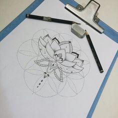Mandala, Mandalla Disponível para tatuar  #tattoo #tatuagem #ink #mandala #mandalla #blackwork #lines #pontilismo #pontilism #lotus