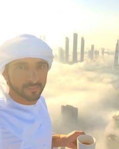 """Hamdan bin Mohammed bin Rashid Al Maktoum: """"El mundo de las oportunidades se encuentra debajo. #MiDubai ❤"""" - faz3, 05/12/2016."""