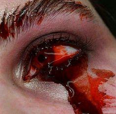 Death Aesthetic, Night Aesthetic, White Aesthetic, Aesthetic Photo, Aesthetic Makeup, Devil Eye, Crying Girl, Skin To Skin, Sad Art