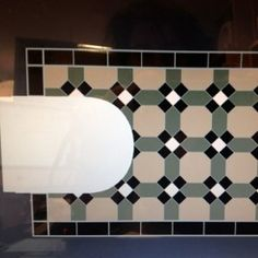 I love Winckelmans tiles, and totally so in this pattern.