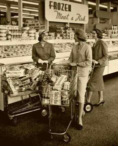 People used to stop and chat with neighbors at the grocery store! 1950's