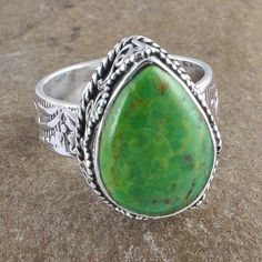 925 STERLING SILVER GREEN MOHAVE TURQUOISE 8.81g LADIS RING JEWELLERY R0955 #Handmade #GEMSTONERING