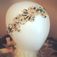 Hey, I found this really awesome Etsy listing at https://www.etsy.com/listing/126595516/emerald-green-bridal-headband-vintage
